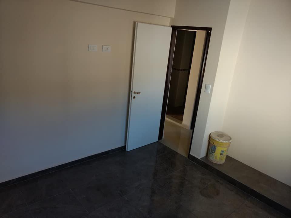 venta departamento de ( 2 ) dormitorios sobre av san martin