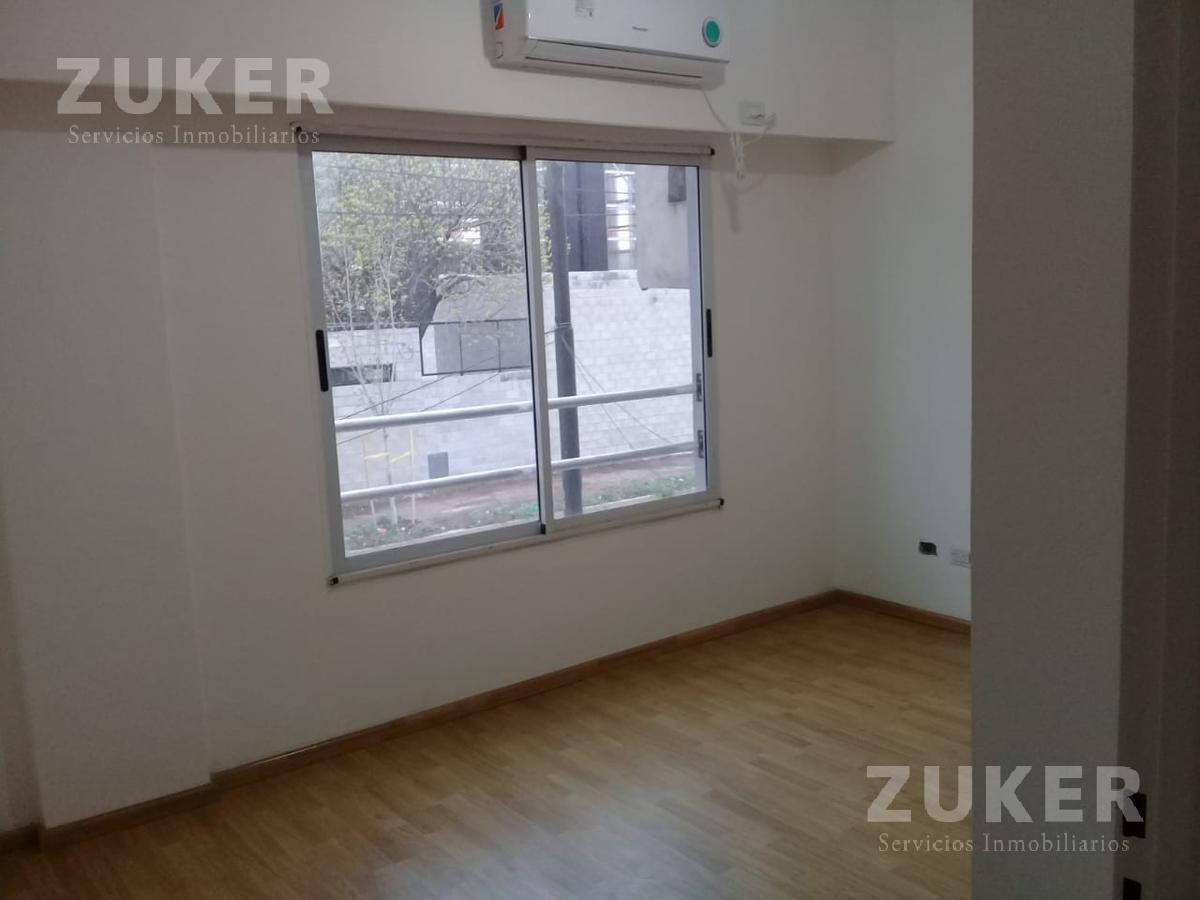 venta departamento de 3 ambientes con cochera parrilla y patio  - saavedra