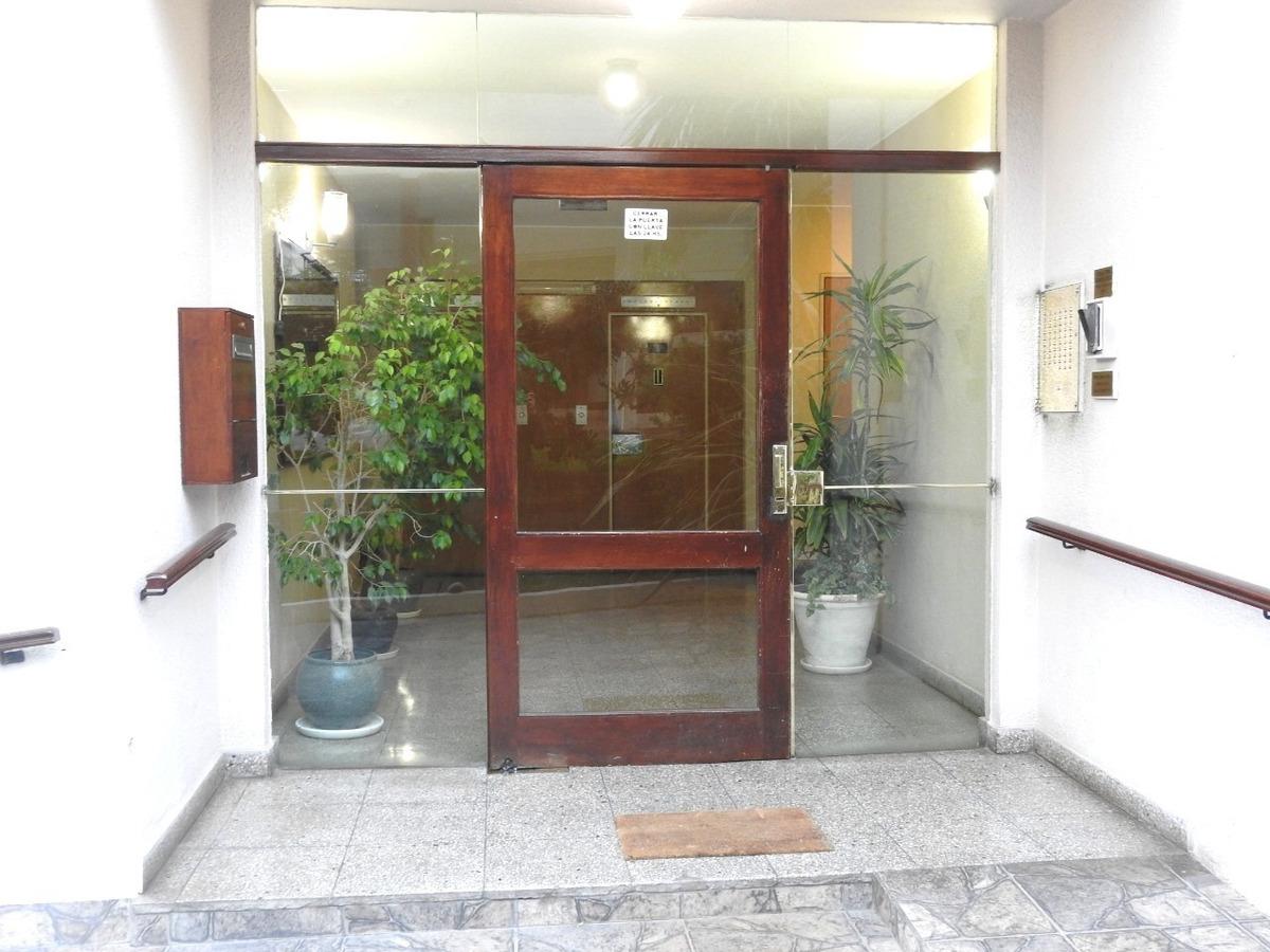 venta departamento de 3 ambientes con cochera pinamar centro