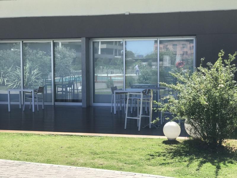 venta departamento de 3 ambientes quartier lomas de la horqueta pb con cochera