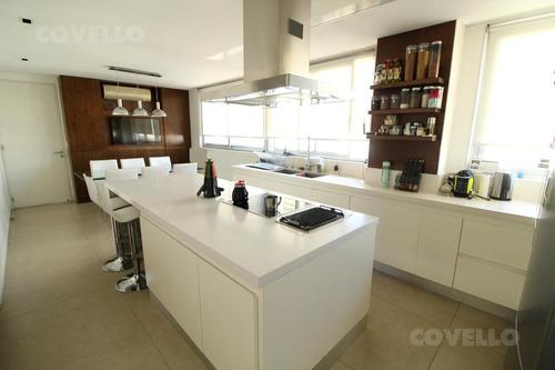 venta departamento de 5 ambientes con 3 cocheras