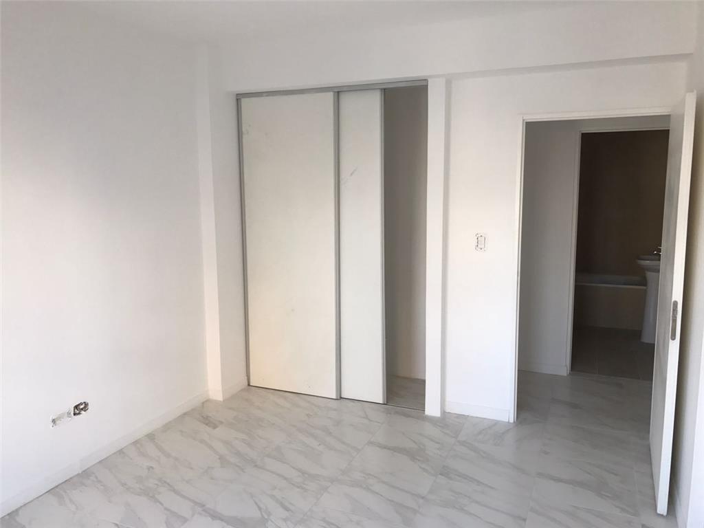 venta departamento de dos ambientes caseros centro