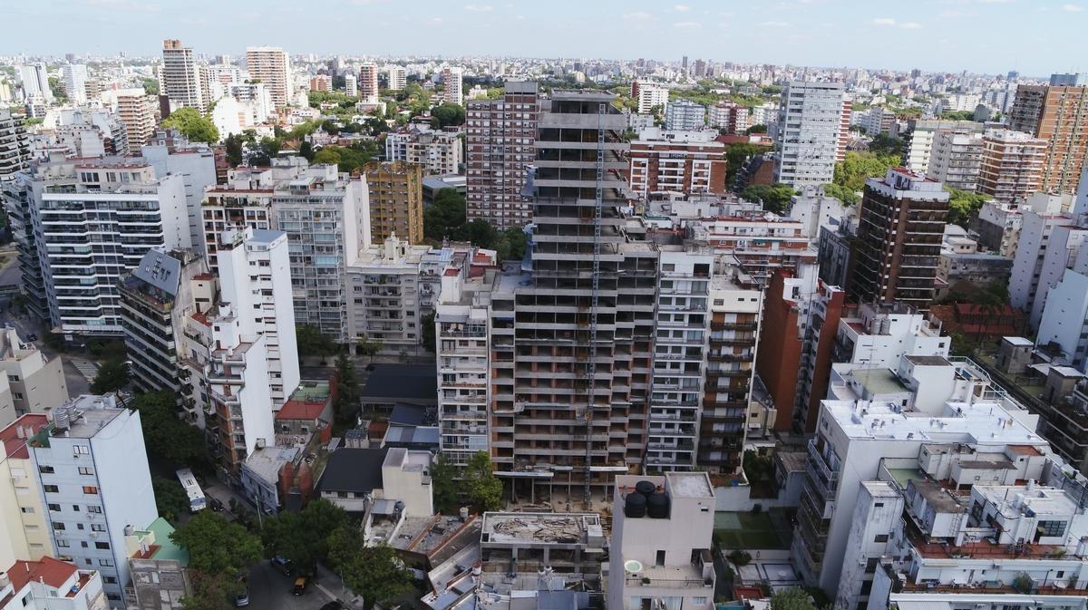 venta departamento de dos dormitorios y dependencia en belgrano
