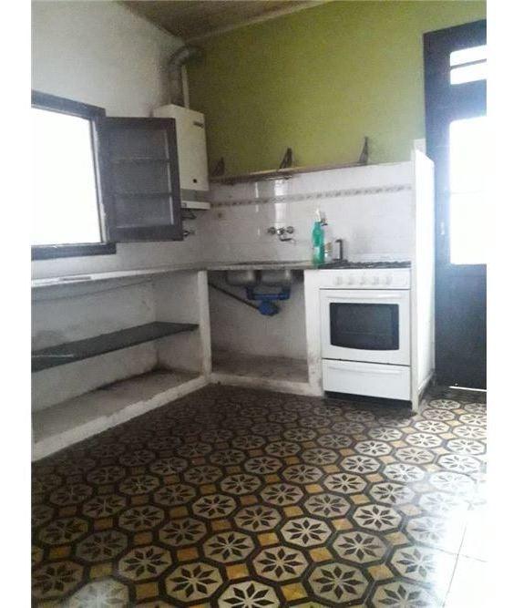 venta departamento de pasillo de un dormitorio