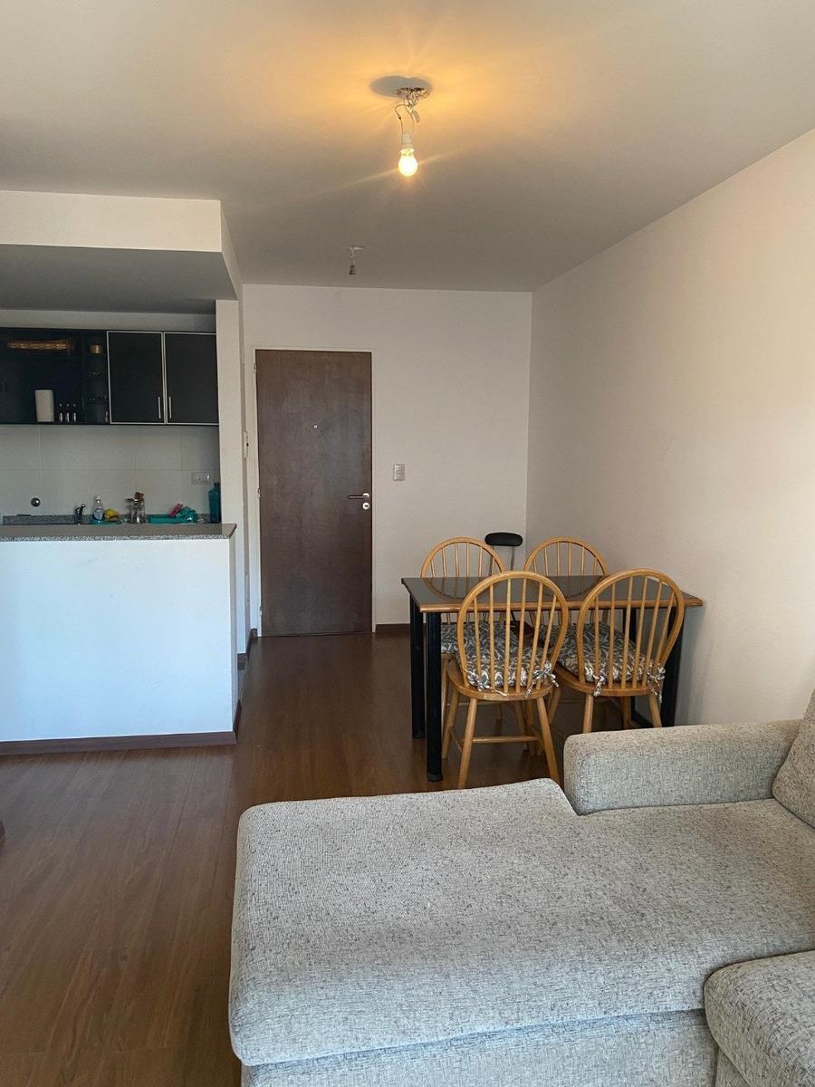 venta departamento de un dormitorio amplio 47 m2 -  montevideo al 500