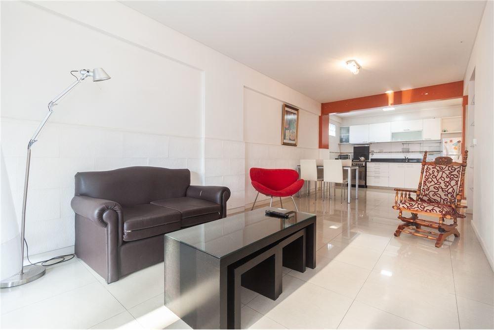 venta departamento dos ambientes con cochera en almagro con amenities