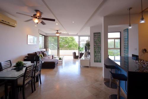 venta departamento en haab super amplio a metros del mar, playa del carmen p3096