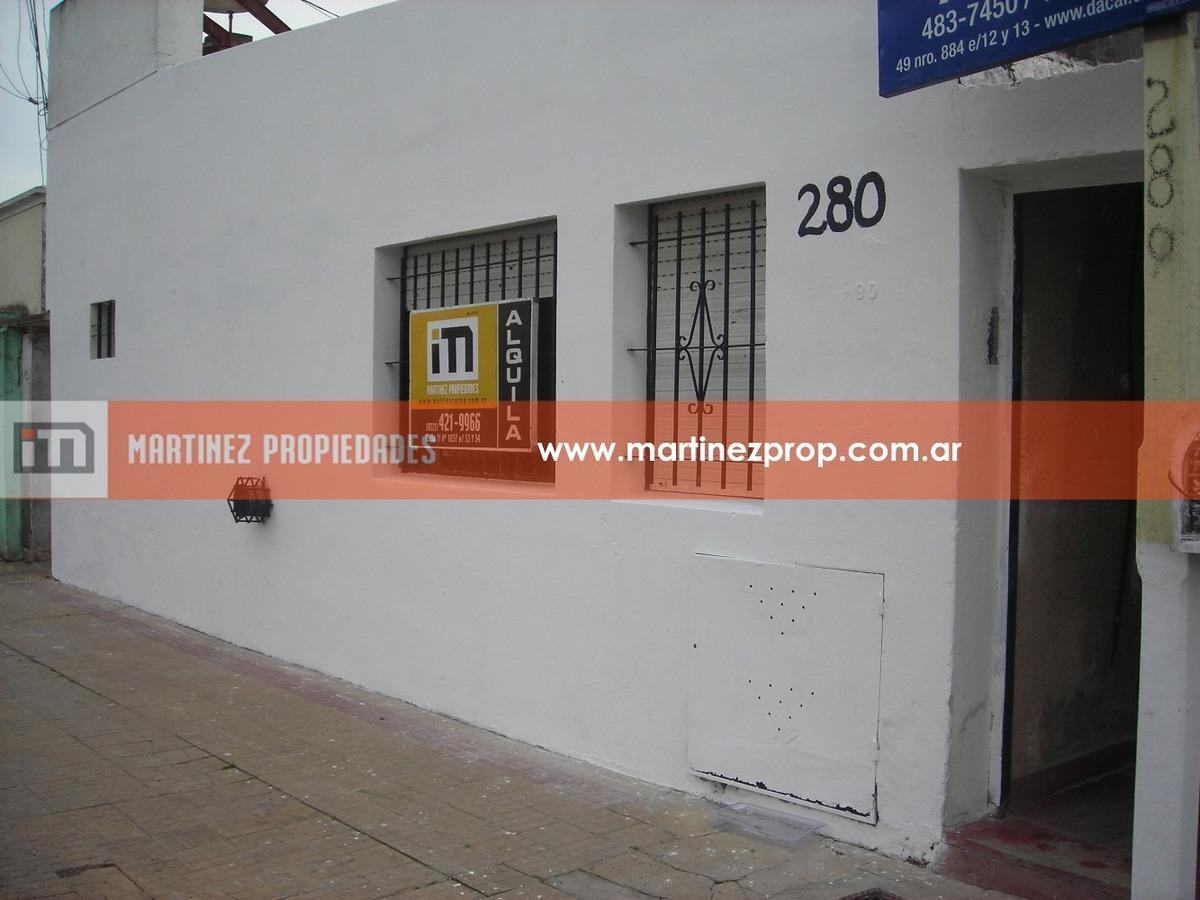 venta! departamento en pb, patio. calle 36 e 123 y 124