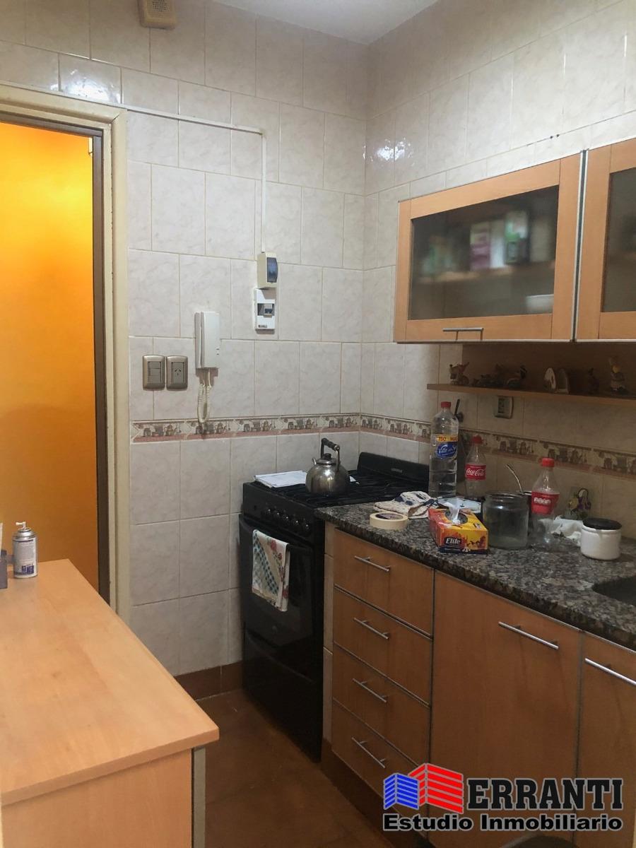 venta departamento en planta baja con patio