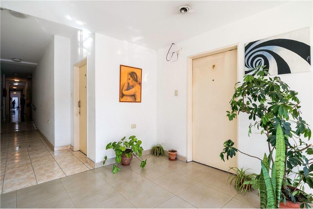 venta departamento flores 3 amb con 2 baños