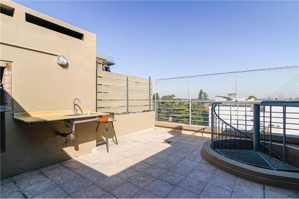 venta departamento florida con terraza parrilla.