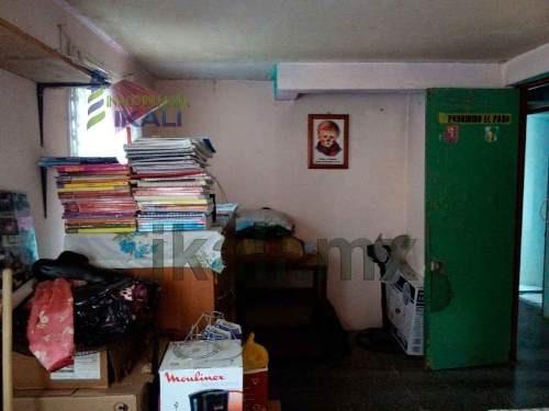 venta departamento infonavit croc tuxpan veracruz 2 recámaras, se encuentra ubicado muy cerca del centro comercial soriana en la calle r. smith en el andador e del infonavit croc en el segundo piso,
