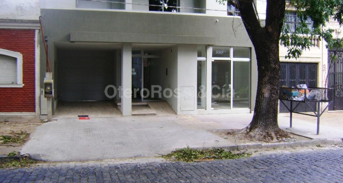 venta departamento monoambiente con balcón la plata