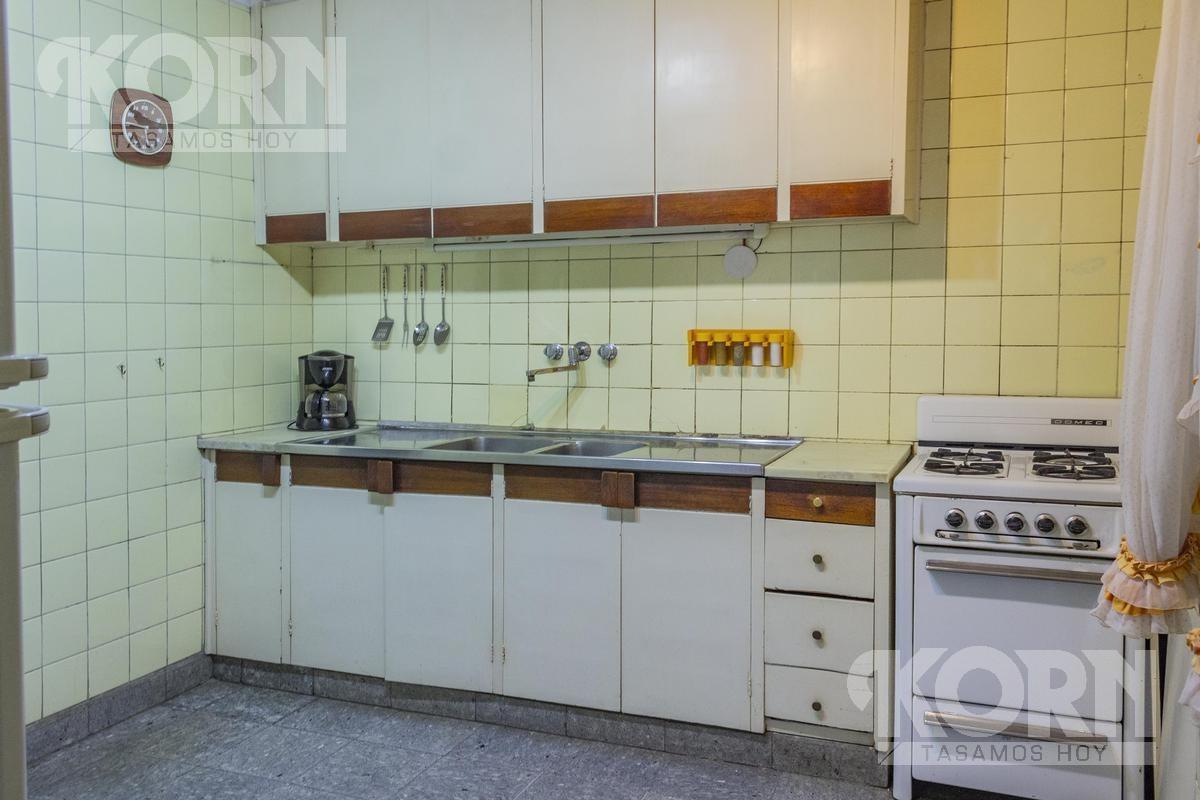 venta departamento / semipiso de 4 ambientes con dependencia y baulera en barrio norte