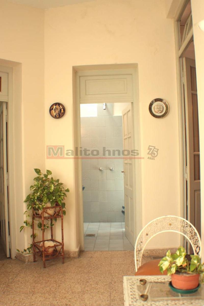 venta departamento tipo casa 3 ambientes c/patio en villa lugano.