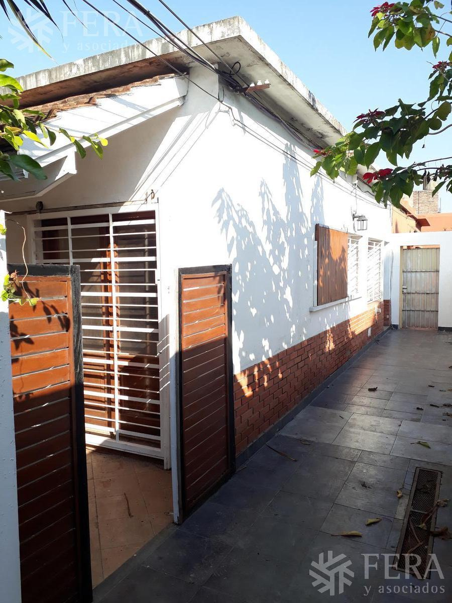 venta departamento tipo casa ph 3 ambientes con patio en bernal oeste (26578)
