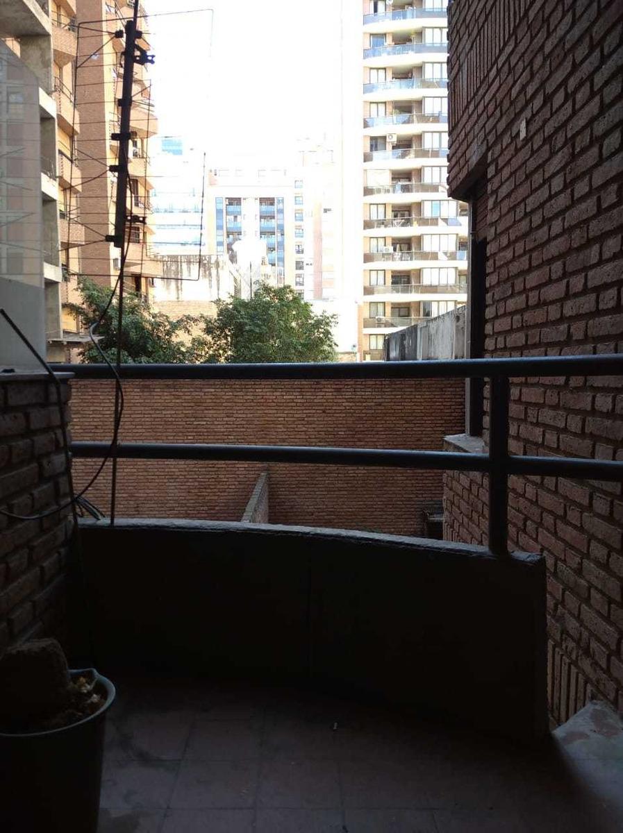 venta depto 1 dorm nueva córdoba con balcón sobre parana