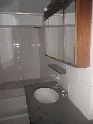 venta depto de 4 ambientes con cochera, 2 baños en banfield