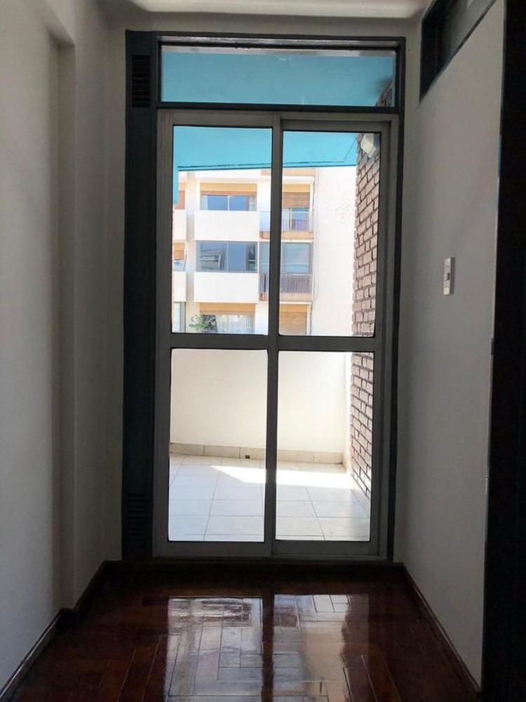 venta dpto 1 dorm  frente con balcón- nva córdoba