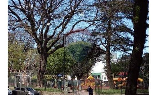 venta dpto 2 amb,frente a la plaza! del parque