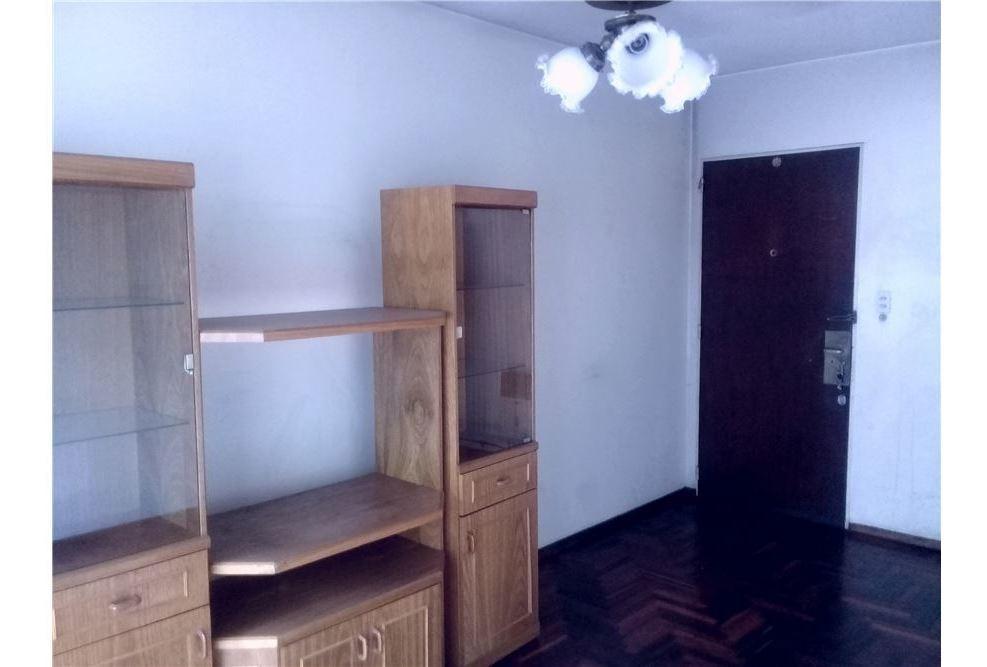 venta dpto 4 ambientes con balcón