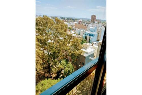venta dpto torre alas  4 dorm. c/ cochera y balcon