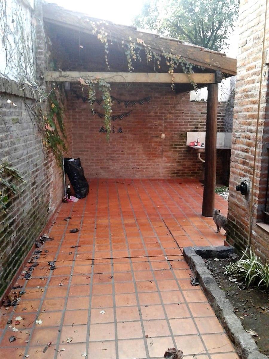 venta dúplex 2 amb con patio - villa morra- pilar -