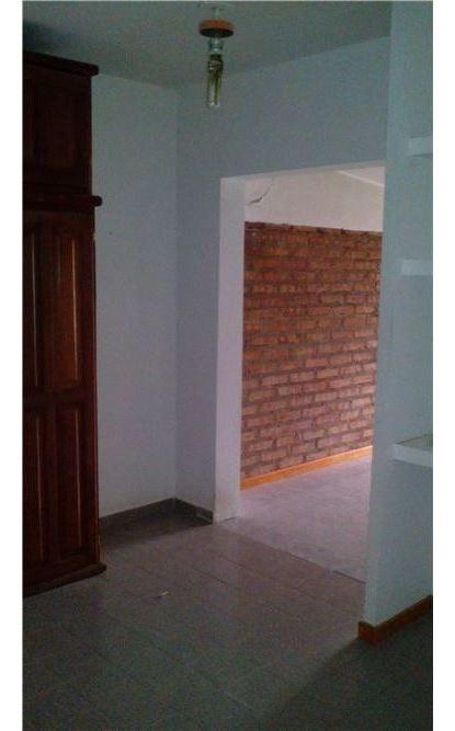 venta duplex 2 dormitorios- barrio cumelen