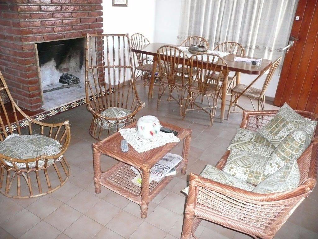 venta duplex 2 dormitorios villa gesell barrio norte