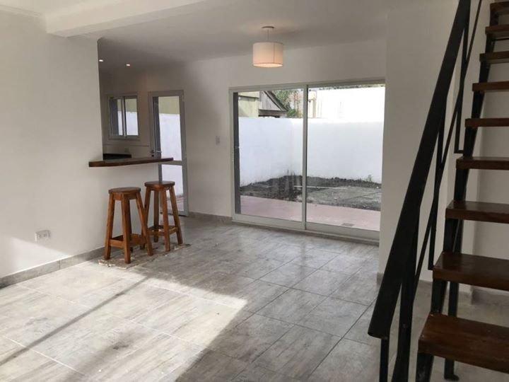 venta duplex 3 ambientes a estrenar patio cochera zona pinares