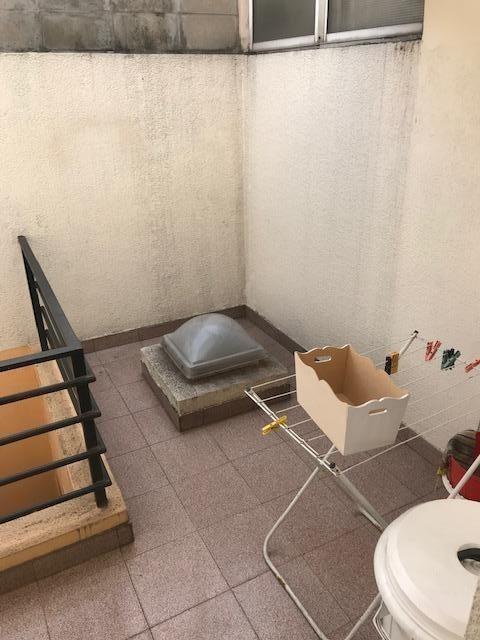 venta duplex  3 ambientes al frente con terraza en liniers.