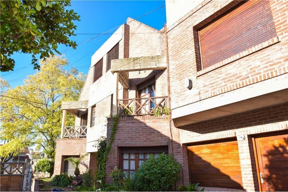 venta duplex 3 ambientes con terraza y cochera