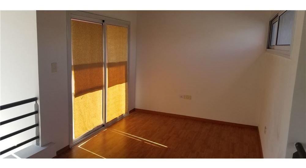 venta duplex 4 amb con parque barrio el pato