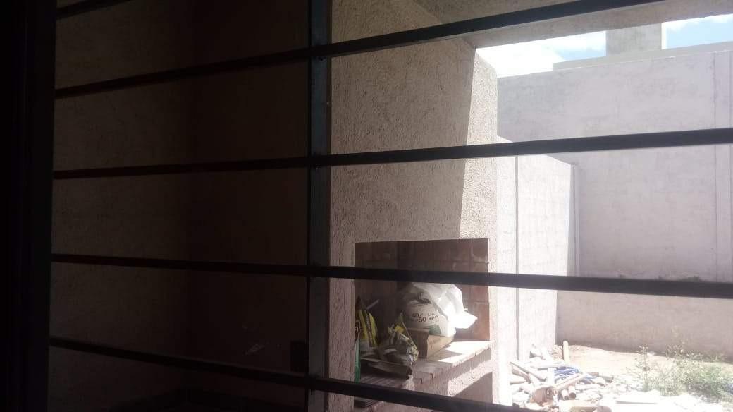 venta duplex b° nuevo urca, calle balmaceda y casi moreno