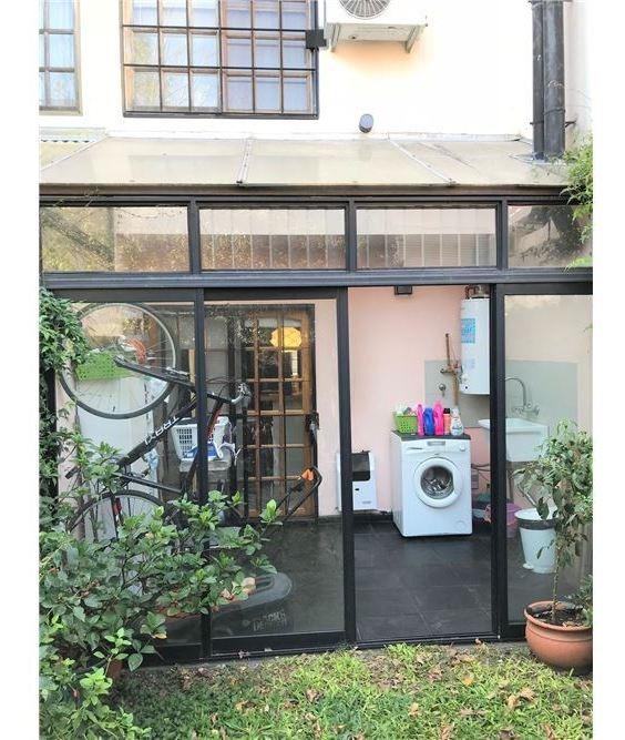venta duplex cdad jardin 2 dorm + play - permuta -