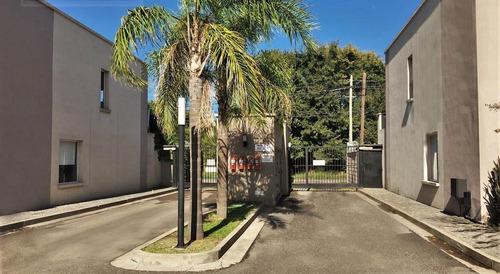venta duplex en condominio pellegrini village - pilar -