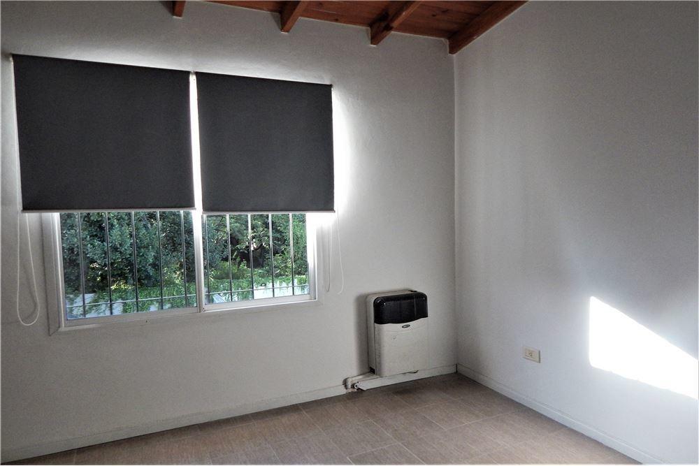 venta duplex ituzaingo tres ambientes y cochera