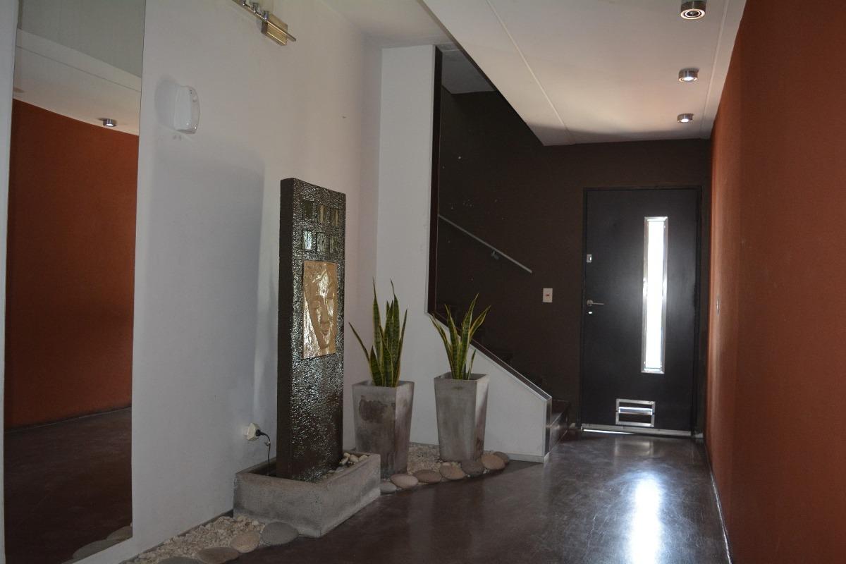 venta duplex ph tipo casa nuevo 4 ambientes versalles