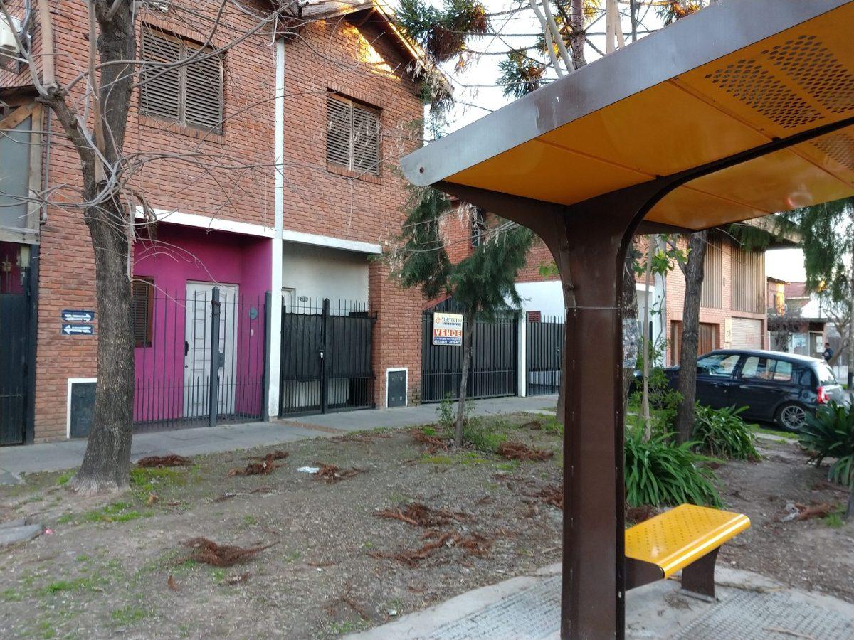 venta duplex quilmes oeste tres ambientes con cochera