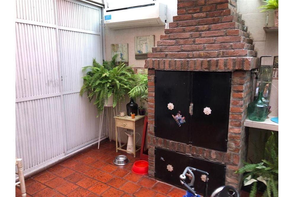 venta dúplex qulmes 3 amb,cochera ,patio play room