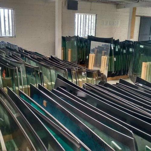 venta e instalación de parabrisas, ventanas, quarters