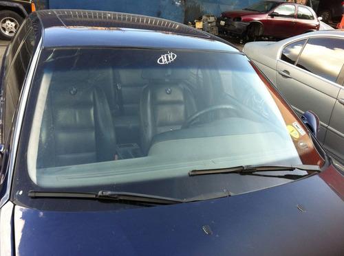 venta e instalación de parabrisas y vidrios para vehículos