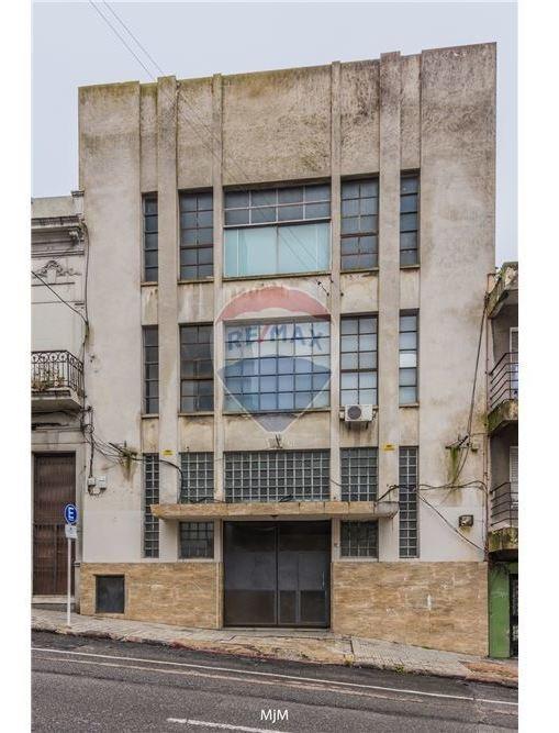 venta edificio galpon con parking