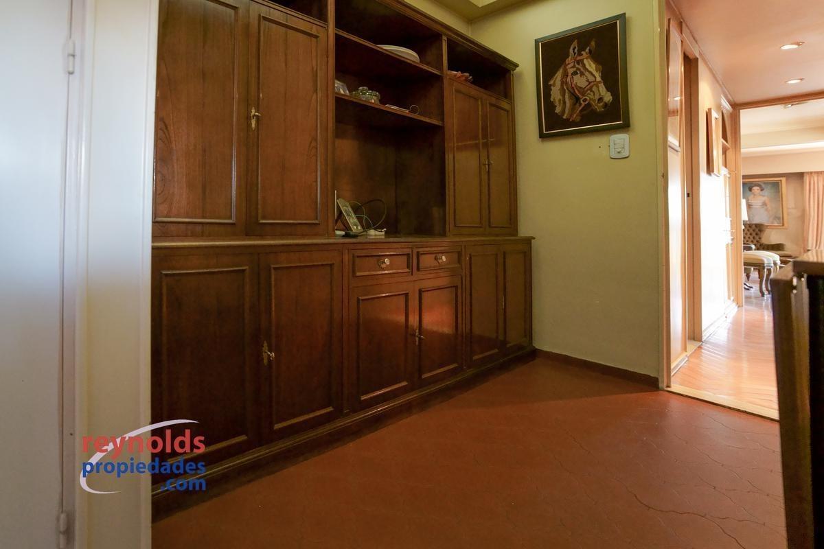 ¡venta, elegante calle parera, piso 12º, con balcón, 2 dormitorios, vista abierta! usd 4286m2
