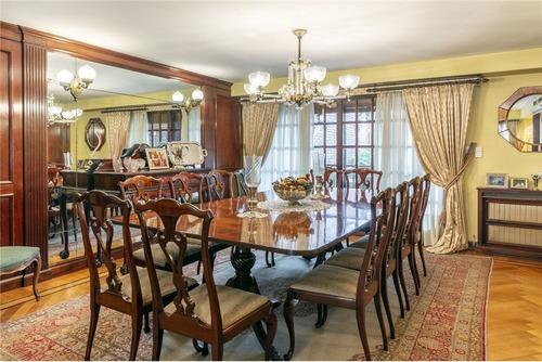 venta elegante casa en  belgrano r