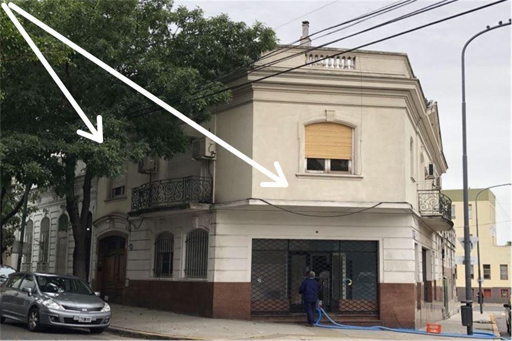 venta en block/ barracas /casa y local.
