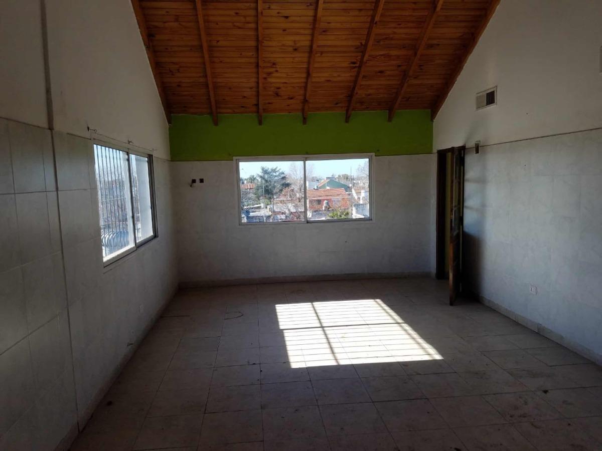 venta en block galpón y viviendas