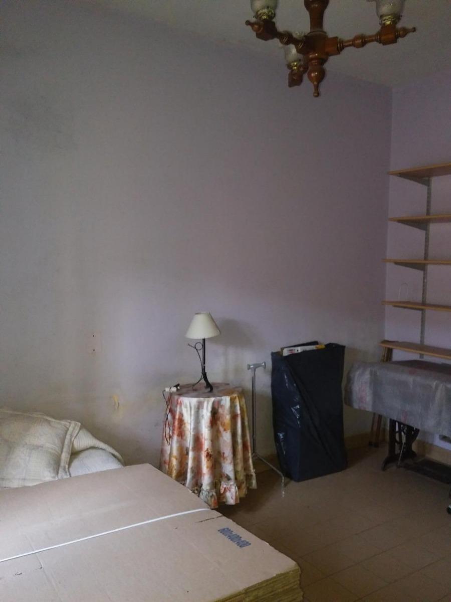 venta en caseros ph entrada pasillo ideal p/ 2 familias!