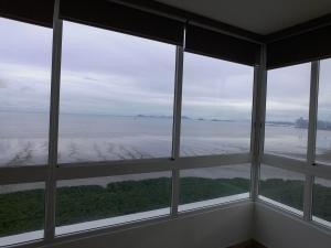 venta espectacular apartamento en costa del este panama