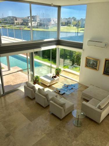 venta excelente casa al lago en barrio  los lagos, nordelta